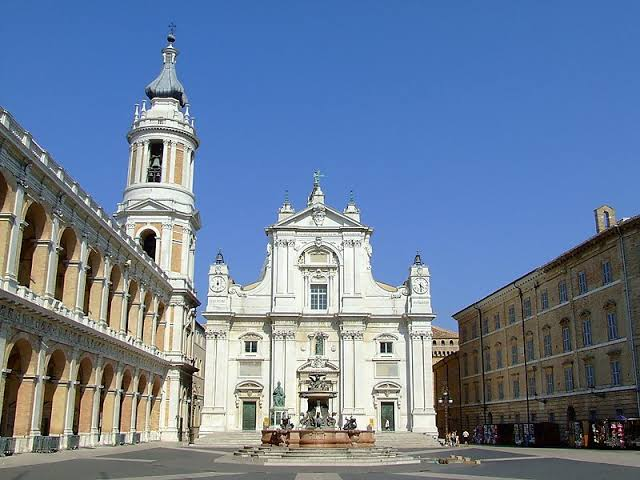 Uma relíquia única: a Santa Casa de Loreto